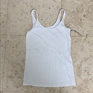 White lilly Pulitzer tank top size medium